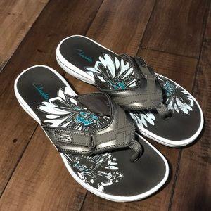 Bronze Clark's women's flip flops